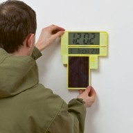 Vandasye_Solar-powered-Clock_4
