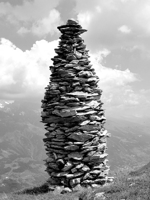 Cairn_at_Garvera_Surselva_Graubuenden_Switzerland_SW